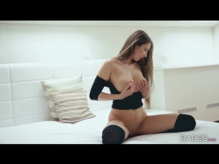 Connie Carter  /hot / BOOBs / Naked / GIRLs Eurotic