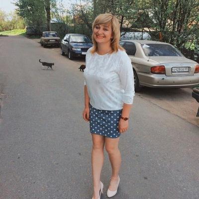 Алена Совина