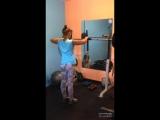 Фитнес_ отрывок из тренировки. Плечи💪😊