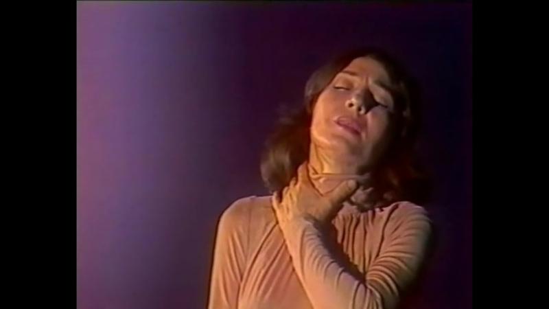 Спявае Алена Камбурова (1982)