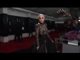 Lady Gaga — Scheiße (Grammys Red Carpet)