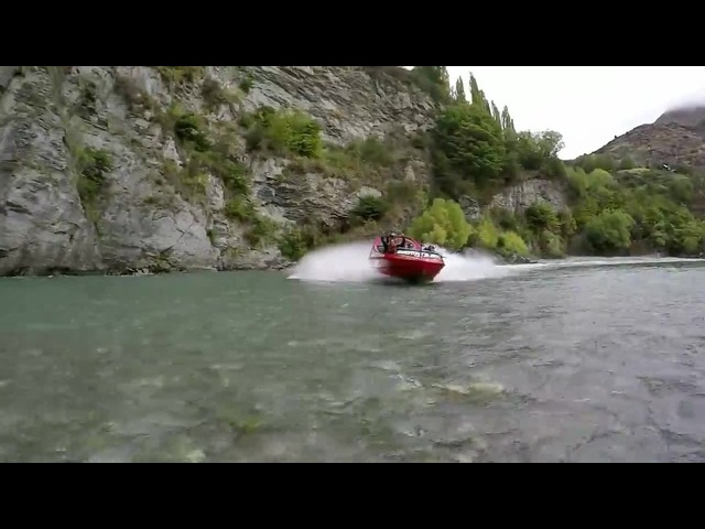 Road Trip New Zealand - Racecars on Rivers