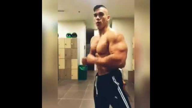 Young Bodybuilder Gym Flexing Massive Biceps Chest Pecs Muscles Alejandro Arango fitness model