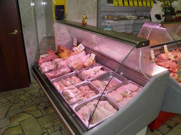 Продавец отказал женщине в возврате денег за испорченное мясо, она сделала решительный шаг