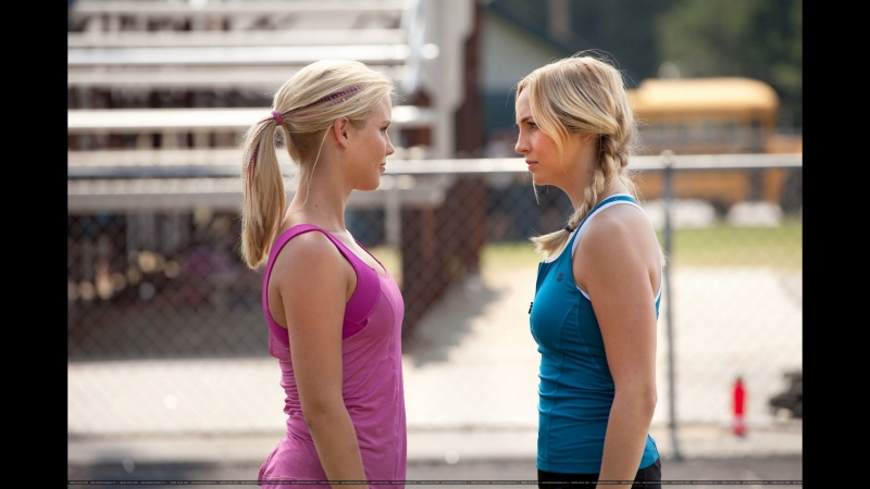 Sweet blondes (Caroline Forbes and Rebecca Michaelson)