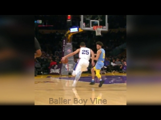 Ben Simmons dunk on Lonzo