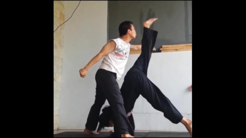 Kicks from Demos