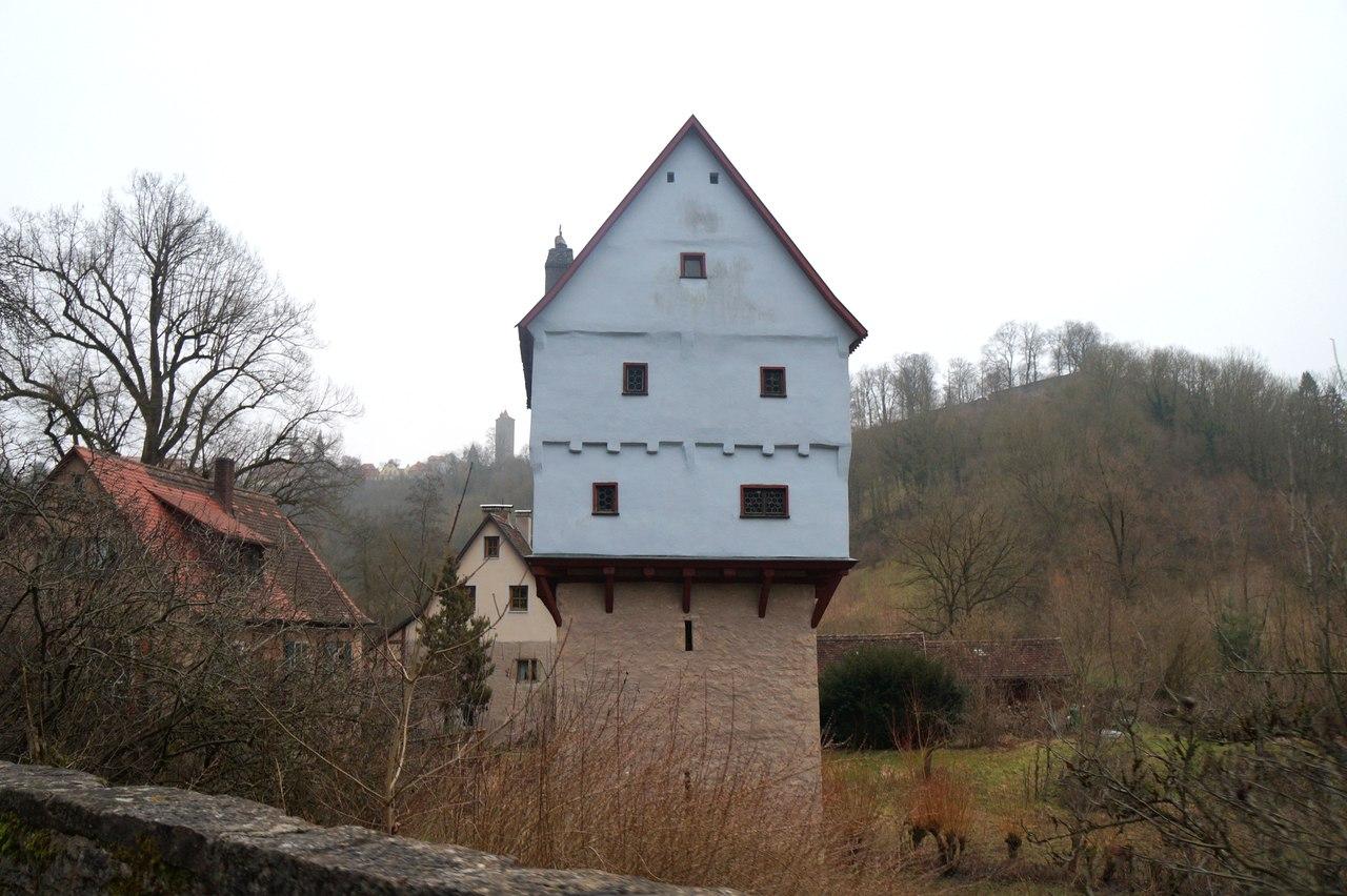 Самый маленький замок в мире