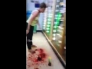 Woman-in-Flip-Flops-Slices-Her-Own-Throat-Inside-7-Eleven-–-Best-Gore.mp4