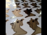 Так происходит выборка #стикеров, #наклеек. Печать на золотой самоклейке