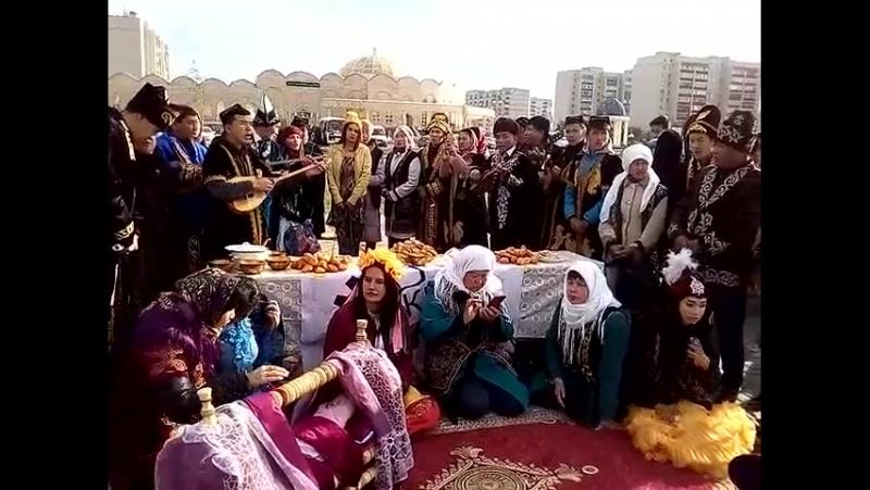 Первый праздник Дәстүр в Уральске