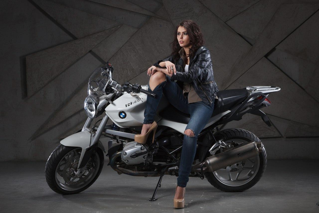 Фотостудия с мотоциклом москва заработать моделью онлайн в алзамай