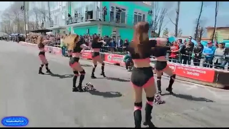 КРип танцы тачки девушки