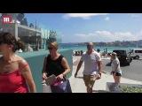 Zara Phillips and Mike Tindall enjoy lunch at North Bondi Fish