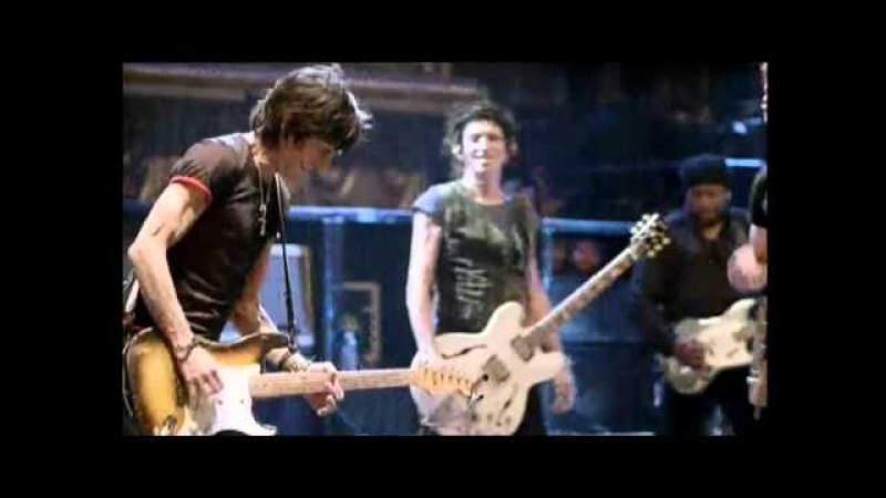 Rolling Stones - Undercover Of The Night (Live) Beacon Theatre, New York, 2006