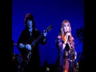 Blackmore's Night Nur Eine Minute Hanging Tree Live In Moscow 23 09 2011 synched with bootleg so