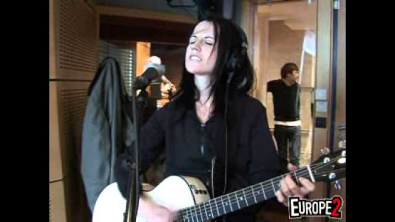 Dolores O'Riordan - Ordinary Day (Europe 2 studio)