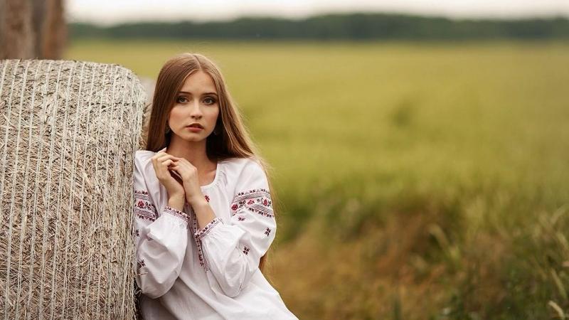 Біля тополі - 💙💛 Неможливо слухати без сліз...
