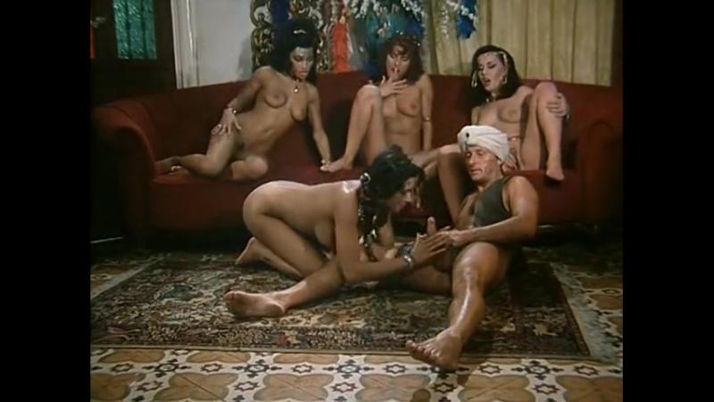 blyadi-eroticheskie-priklyucheniya-aladdina-russkiy-perevodchik-evrope-smotret-russkoe