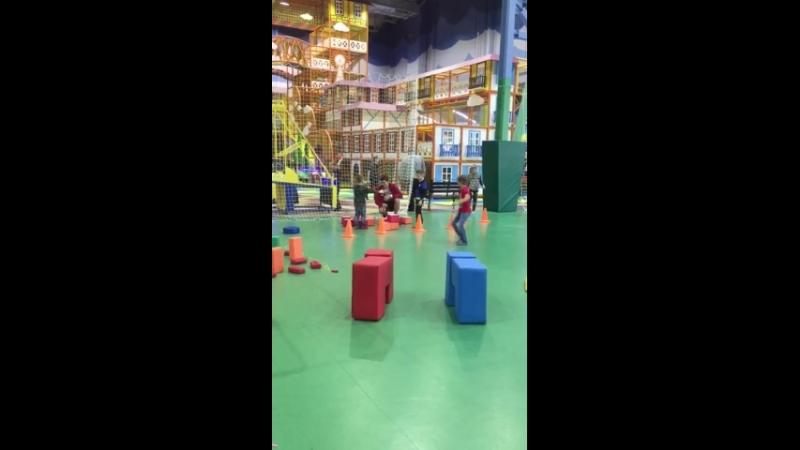 Выходные со спортом! В Весёлкино проходят эстафеты и игры.
