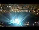 Крутое шоу Spectra с видом из бассейна знаменитого отеля Marina Bay Sands в Сингапуре