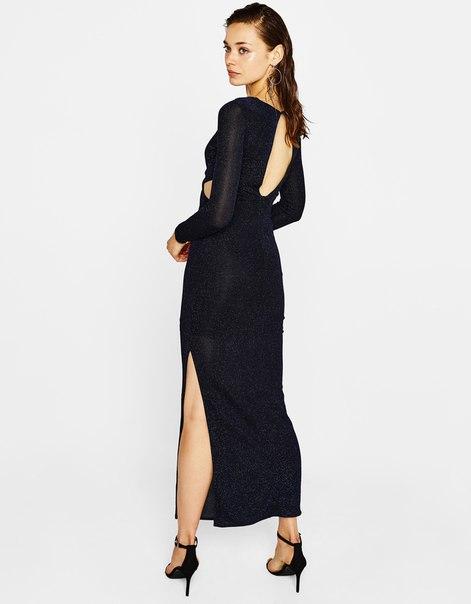 Длинное платье с металлизированной нитью и узлом