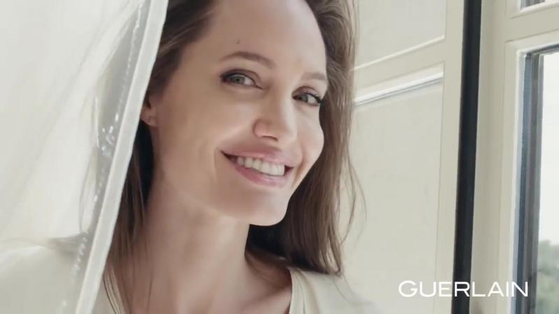 Angelina Jolie for Mon Guerlain Eau Florale Campaign