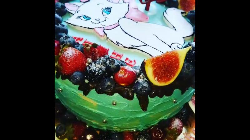 Тортик с любимицей принцесс Мерри