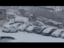 VL - Экскаватор понесло на машины во Владивостоке