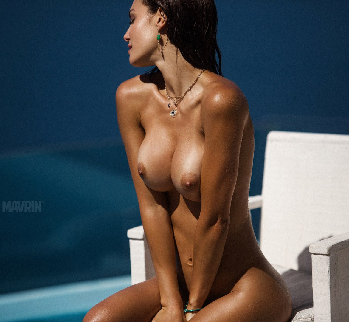 Corking hot and seductive gorgeous girl