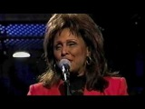 Darlene Love - Christmas (Baby, Please Come Home) -- Live 1993