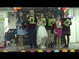 Московская Баба-Яга раздает Журналы и группа Конфетти