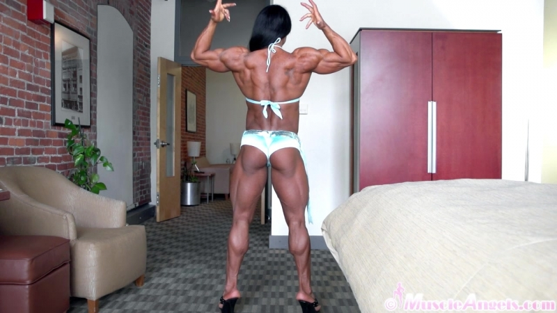 Alina_popa_superior_muscle1