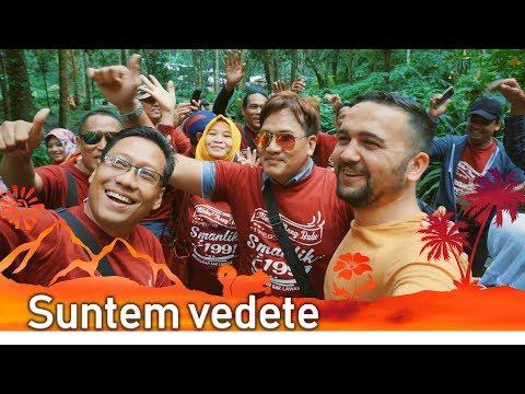De ce toti Indonezienii fac selfie cu noi?