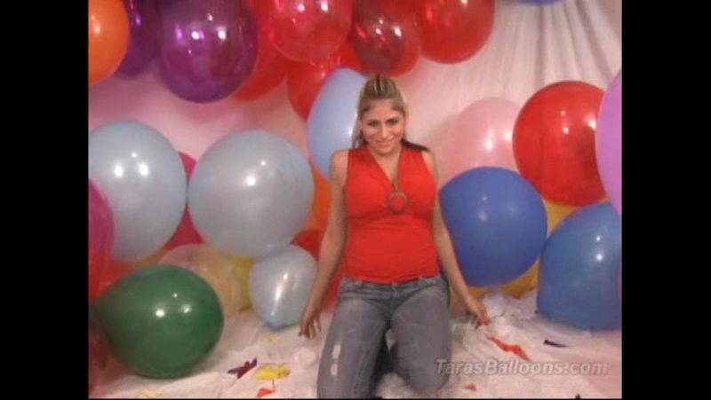 (Balloon fetish looner) Taras Balloons 004 - August Squeeze Pop3