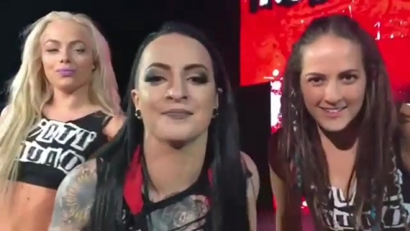 The RiottSquad looked ahead to this Sunday's WrestleMania Women's BattleRoyal last night at WWEKnoxville! @rubyriottwwe @yao