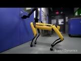 BostonDynamics выпустили новое видео со своим робопсом