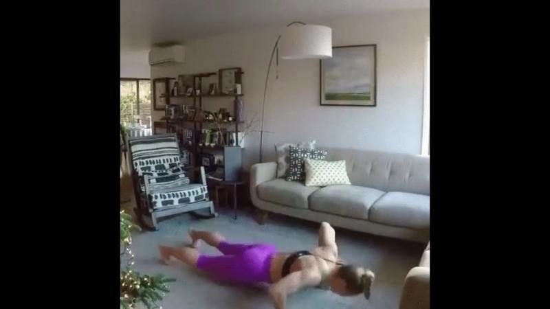 Упражнения на ноги и ягодицы 👍 Прорабатывая мышцы тщательно, вы быстрее сбросите вес 😉