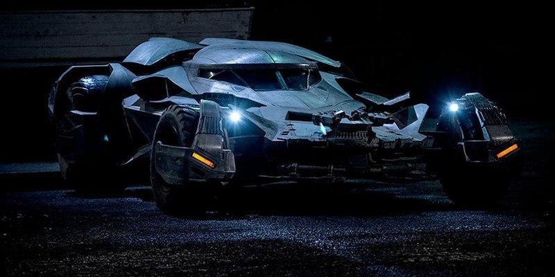 4l8xIUf8w24 - Все тачки Бэтмена: Как со временем изменялся Batmobile