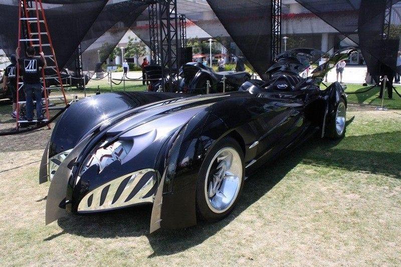 85cU1VU1mLc - Все тачки Бэтмена: Как со временем изменялся Batmobile