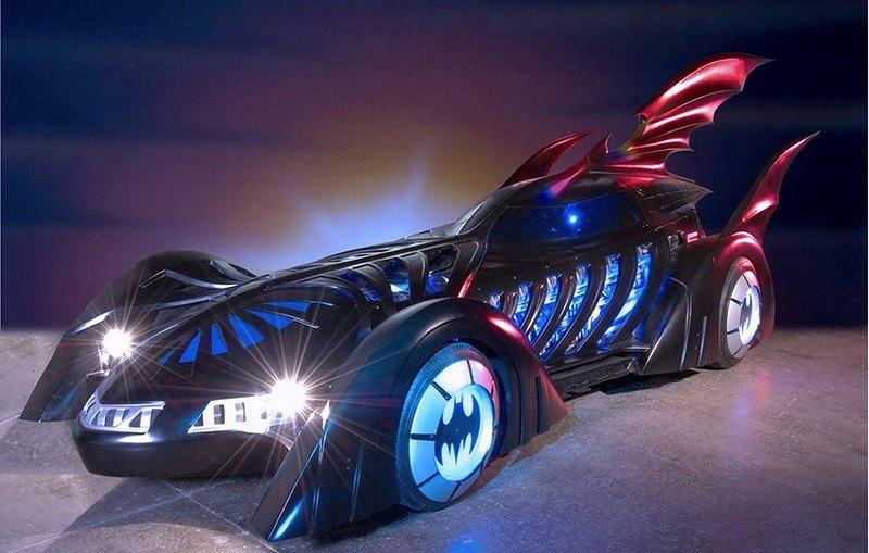3C3VEXNXDlE - Все тачки Бэтмена: Как со временем изменялся Batmobile