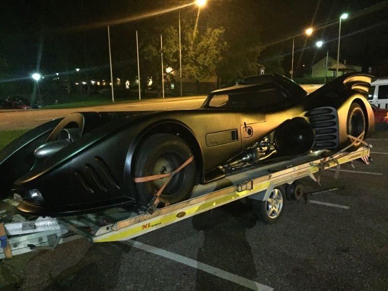 bOGfYW8A9tg - Все тачки Бэтмена: Как со временем изменялся Batmobile