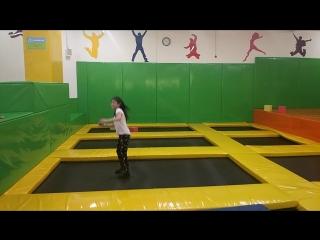 Детская акробатика, ученица