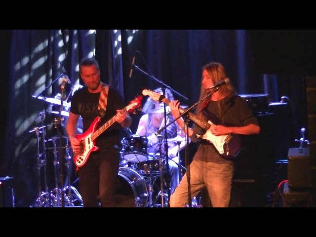 THE TANGENT live at Progtoberfest III , Reggies Chicago Sat Oct 21 part 1