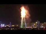 ВЮжно-Сахалинскепрямо вовремя празднования Нового года загорелась главная городская елка