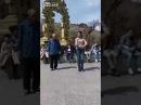 Дедушка танцует с внучкой 2 часть