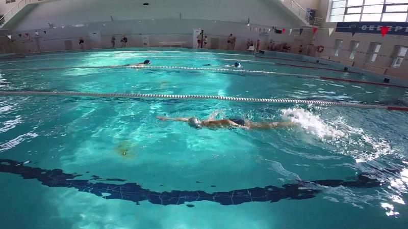 Учимся плавать кролем