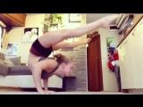 Crazy Handstand  Flexibility! Gymnastic motivation by Kelly Saabel