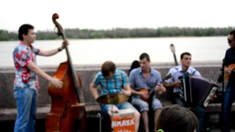 Астрахань, набережная 20.05.2012