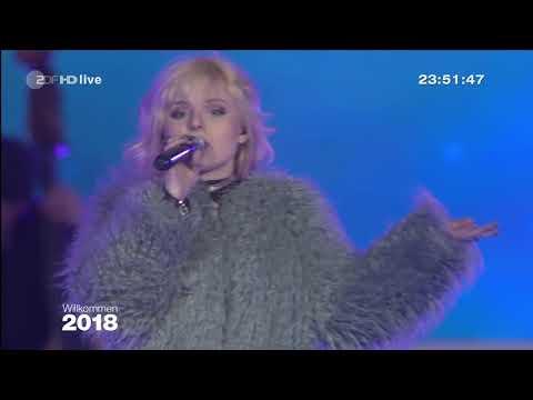 Alex Christensen - What Is Love - Silvester 2017 am Brandenburger Tor (Willkommen 2018)